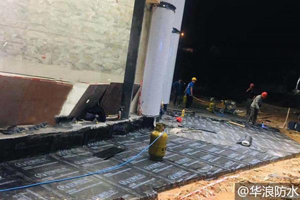 天河屋面防水施工用什么材料?使用屋面防水卷材要注意什么问题_防水