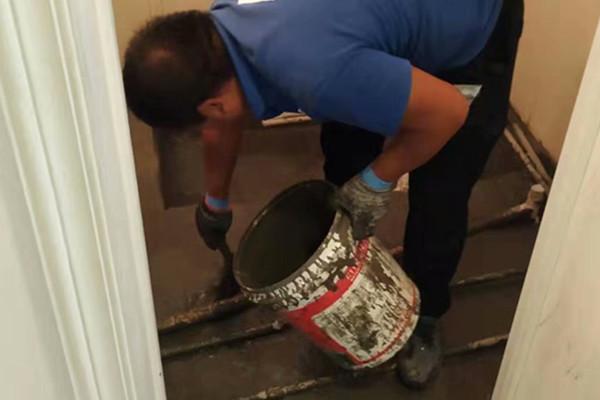 广州厨房卫生间漏水怎么处理_厨房卫生间为什么总是渗漏水?